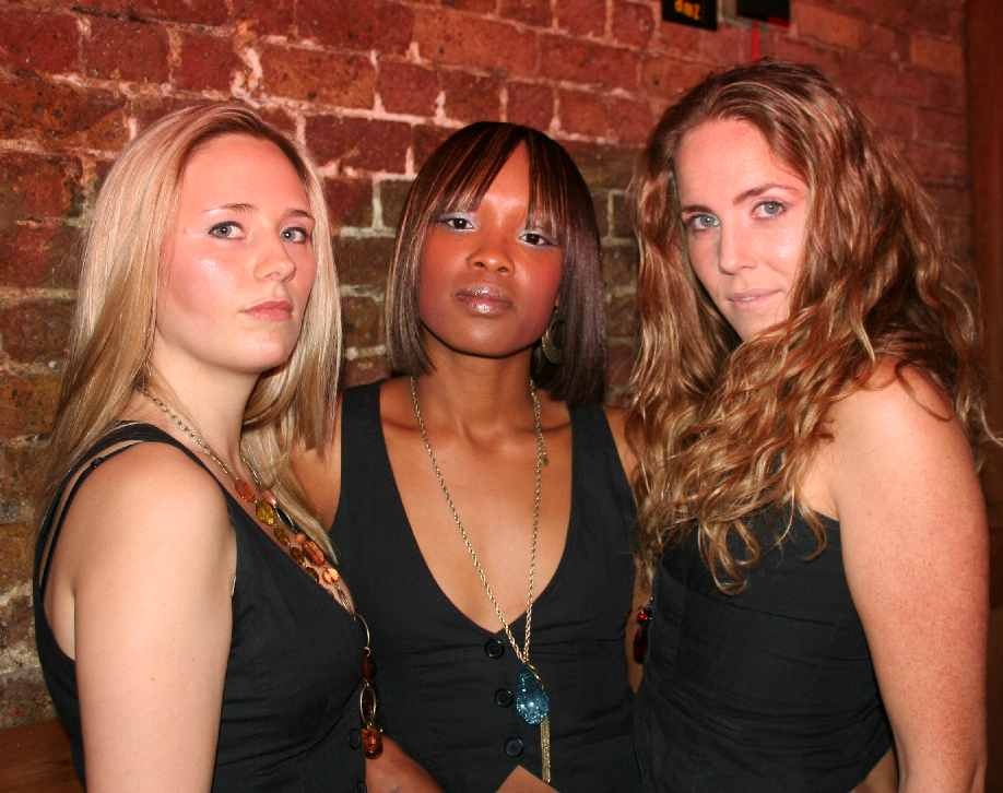 Kismet Girls, brilliant new unsigned London based girl group on tour